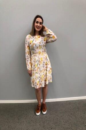 4dad572e Celina Lemon kjole offwhite - Studio Mote